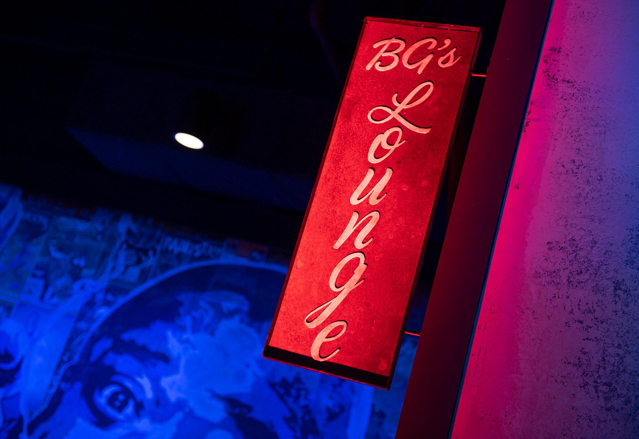 BG'S LOUNGE SIGN
