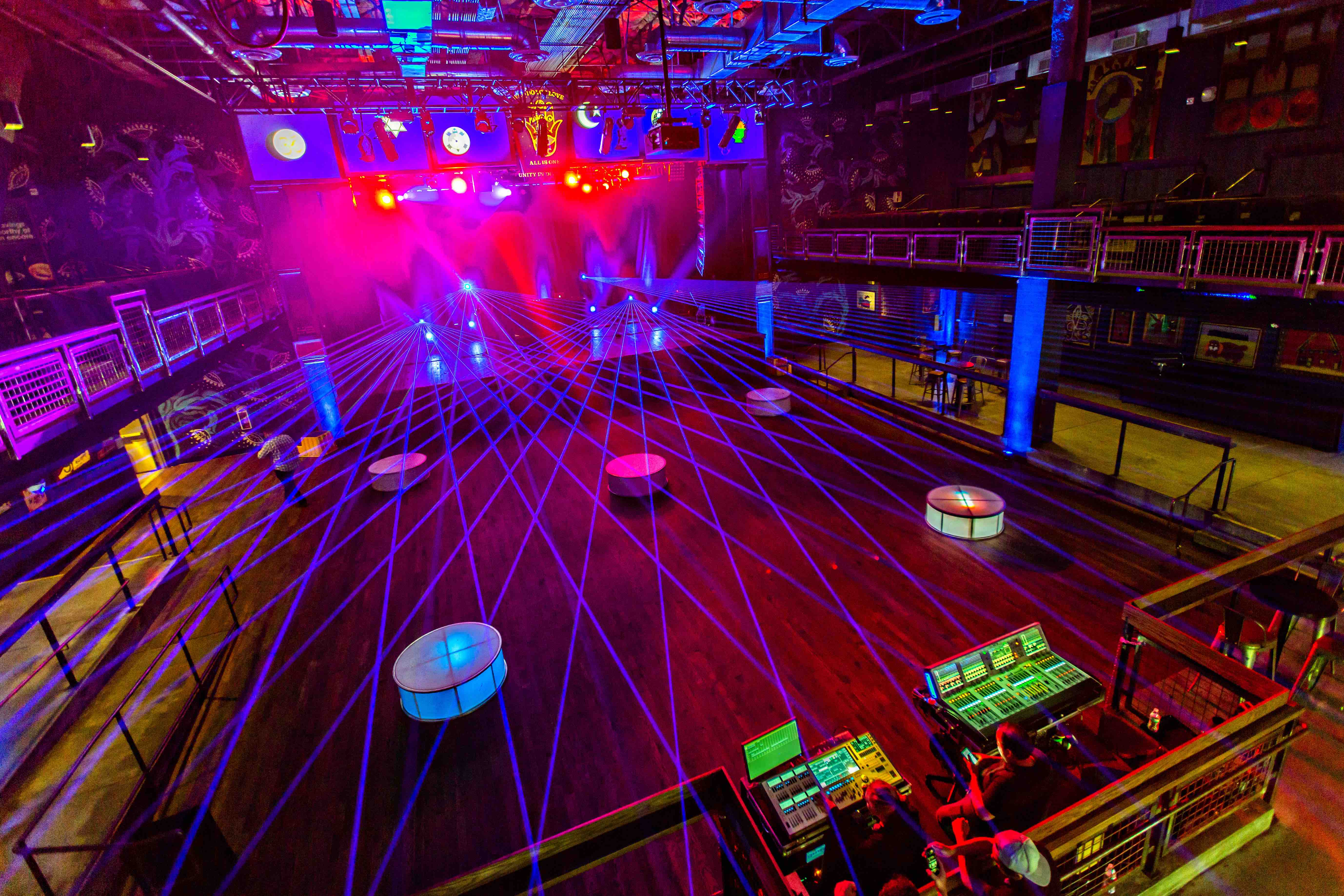 HOUSE OF BLUES ANAHEIM INTERIOR WITH LASER ACCENTS